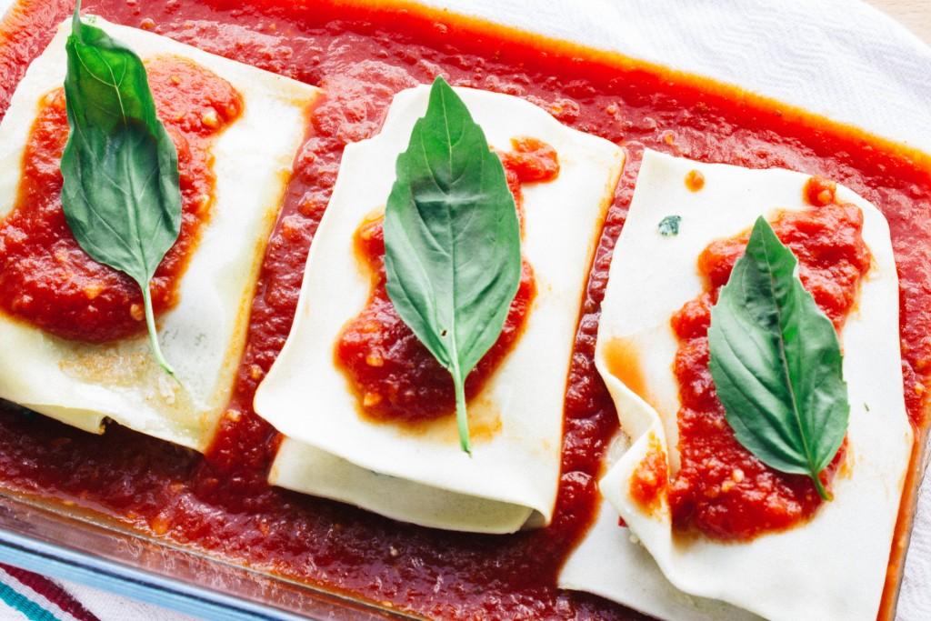 spinach lasagna rolls | seefoodplay.com