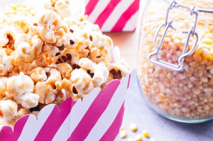 caramel covered popcorn | seefoodplay.com
