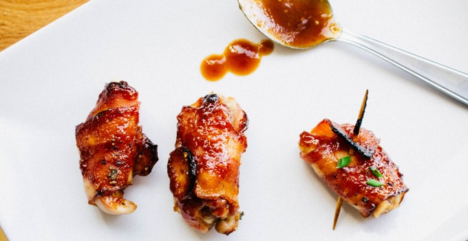 Bacon-wrapped bbq chicken