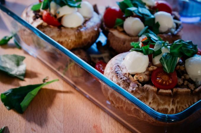 Stuffed portobello mushrooms | seefoodplay.com