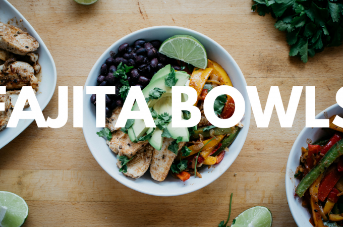 seefoodplay | healthy chicken fajita bowls